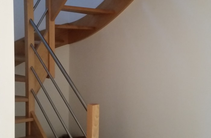 Escalier, hêtre/inox, construction maison, Chenois, Province Luxembourg, Belgique