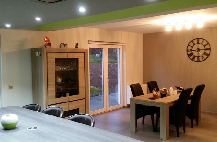 Salle à manger, décoration, mobilier, construction maison, Chenois, Province Luxembourg, Belgique
