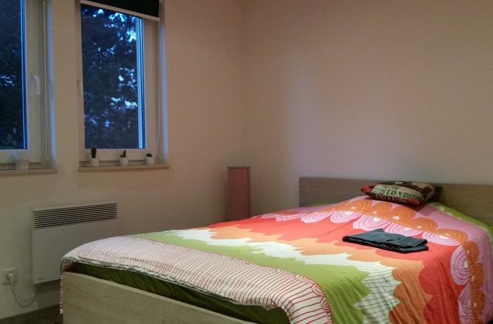 Chambre, mobilier, construction maison, Chenois, Province Luxembourg, Belgique