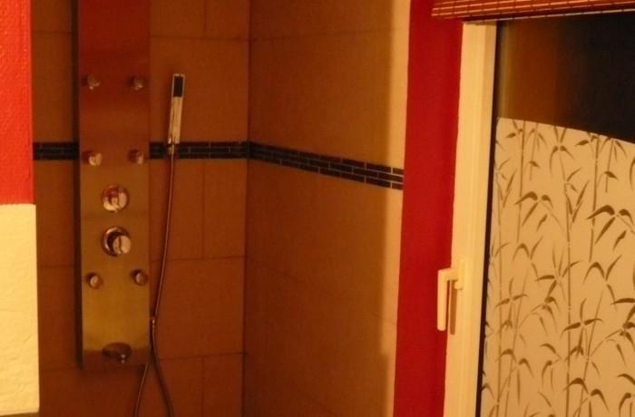 Salle de bain, douche italienne, faïence, construction maison, Virton, Province Luxembourg, Belgique
